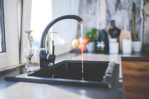 水回り修理でトラブルが起こるケース 高額請求を防ぐ6つの方法も紹介!
